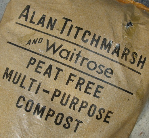alan-titchmarsh-waitrose-peat-free-multipurpose-compost